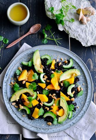 Rissalat med mango og avocado