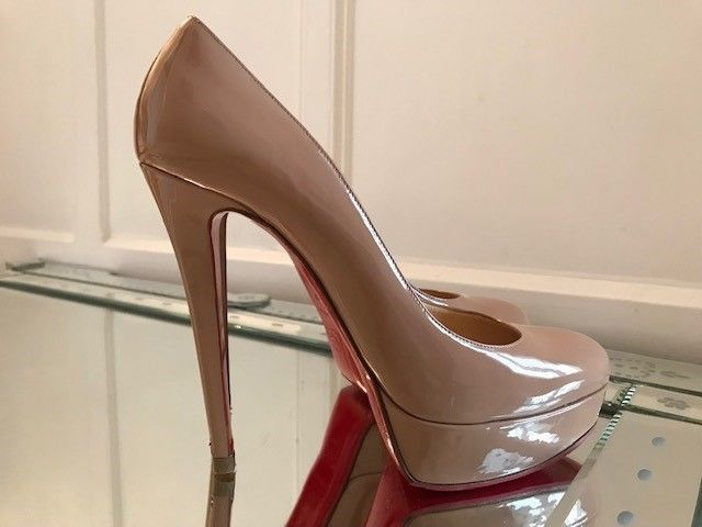ff1a9ee6a2a Authentic Christian Louboutin Bianca 160 Nude Patent Leather Heels 40.5