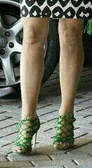 Maxima's shoes