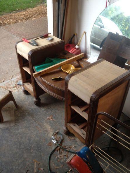 staining wood vanity vintage renew, painted furniture, Most veneer off