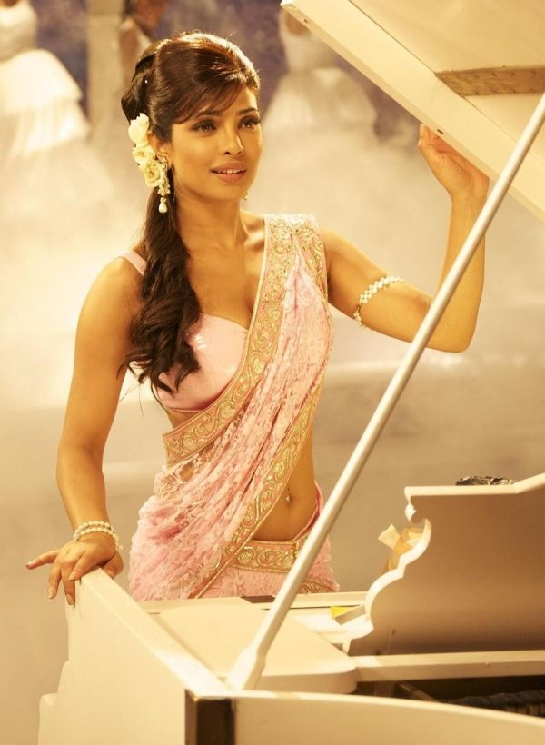 Priyanka Chopra saree i have a white and red saree in my closet , now a pink and white saree to buy  im soo wearing my new sarees in my closet ,wtih my saree side in my closet