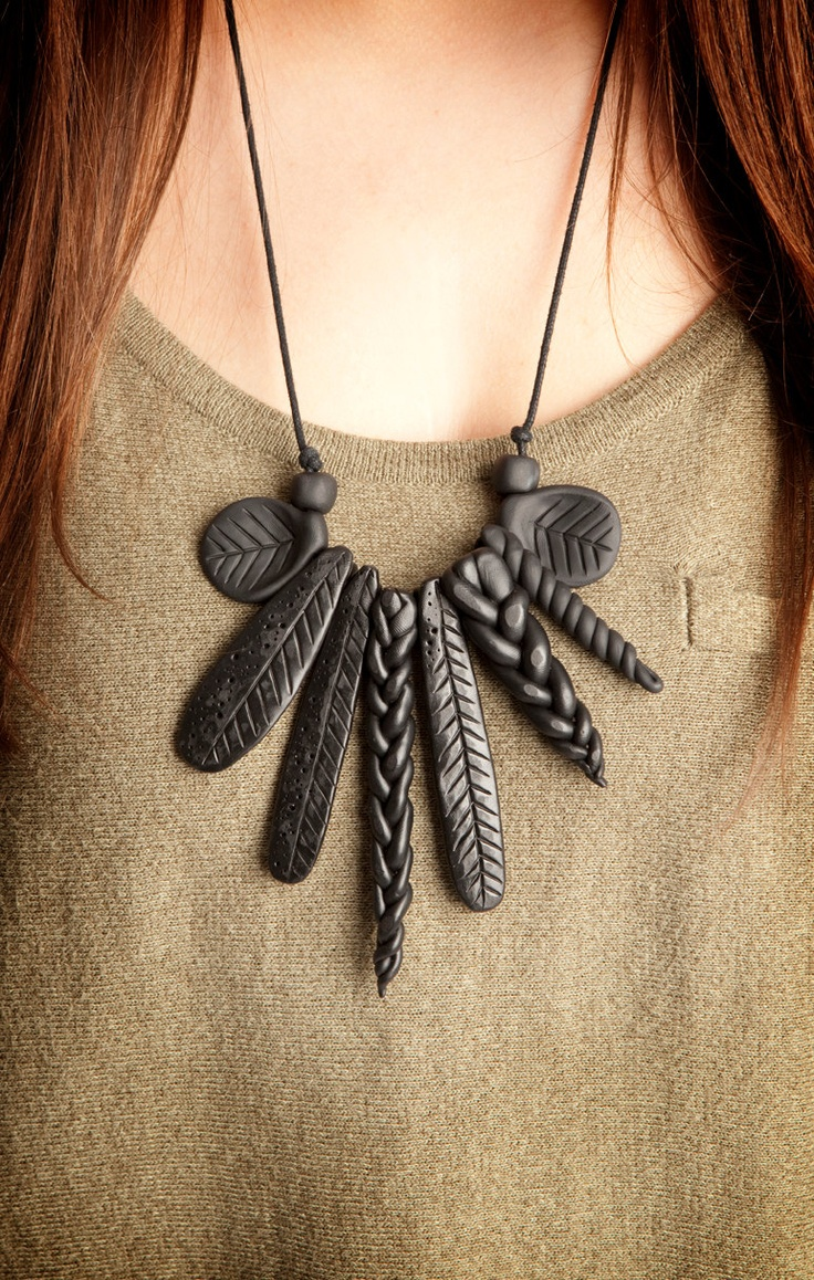 Black Spear Necklace