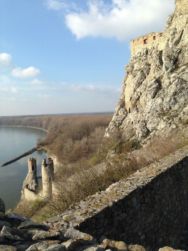 Aussicht von der Burg Devín in der Nähe von Bratislava