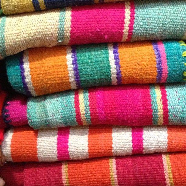 Best 25+ Mexican Rug Ideas On Pinterest
