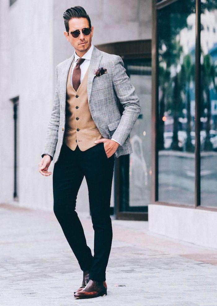 8cc746100c9f1 veste de costume homme grise gilet beige pantalon noir costard trois pièces