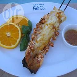 Queues de homard grillées, parfumées à l'orange @ qc.allrecipes.ca