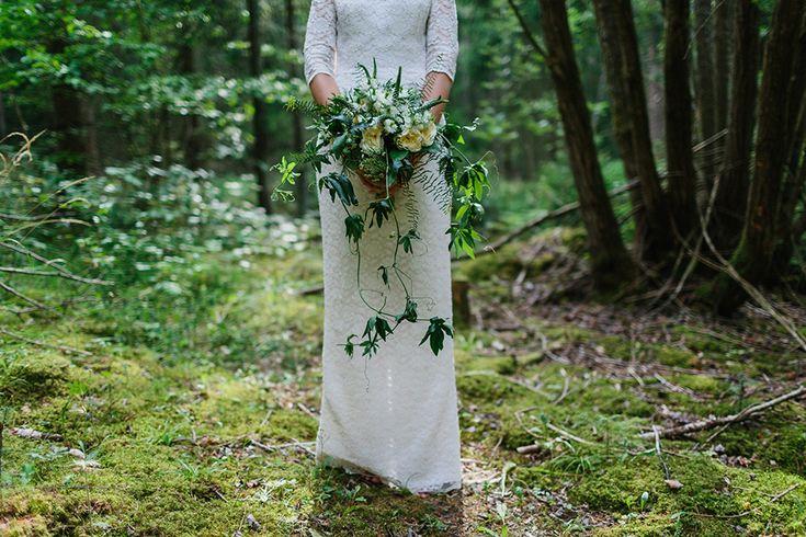 bröllopsfotografi skog