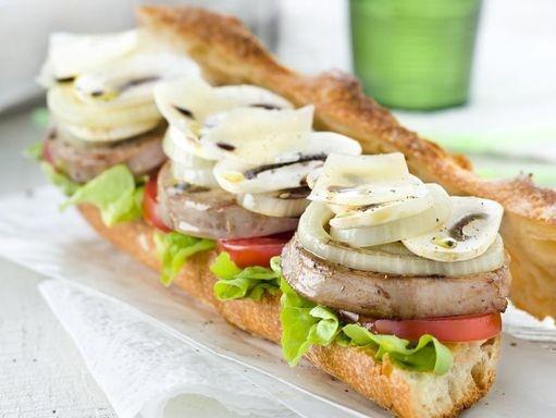 RECETTES DE PÂQUES À L'AGNEAU  http://www.topsante.com/manger-mieux/produits-de-saison/Recettes-de-Paques-a-l-agneau
