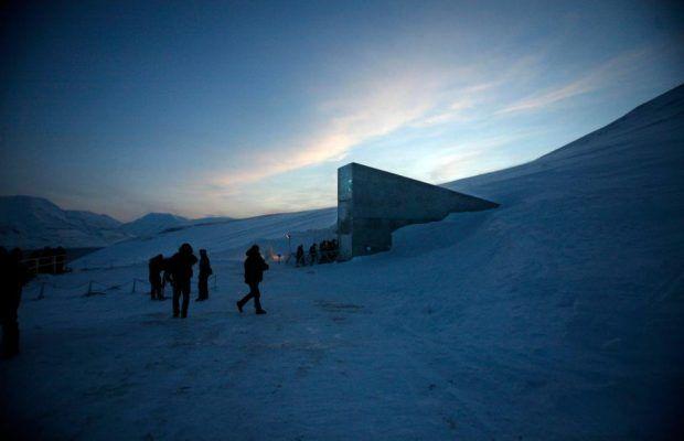 Norveç'te Kıyamet Sonrası İçin Kütüphane Kuruldu! | Sanat Karavanı