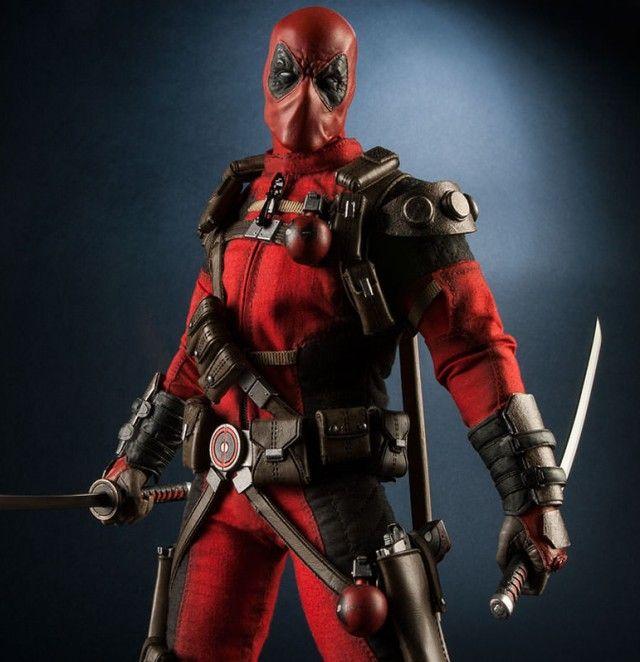 Sideshow Deadpool Twelve Inch Figure with Swords 2014