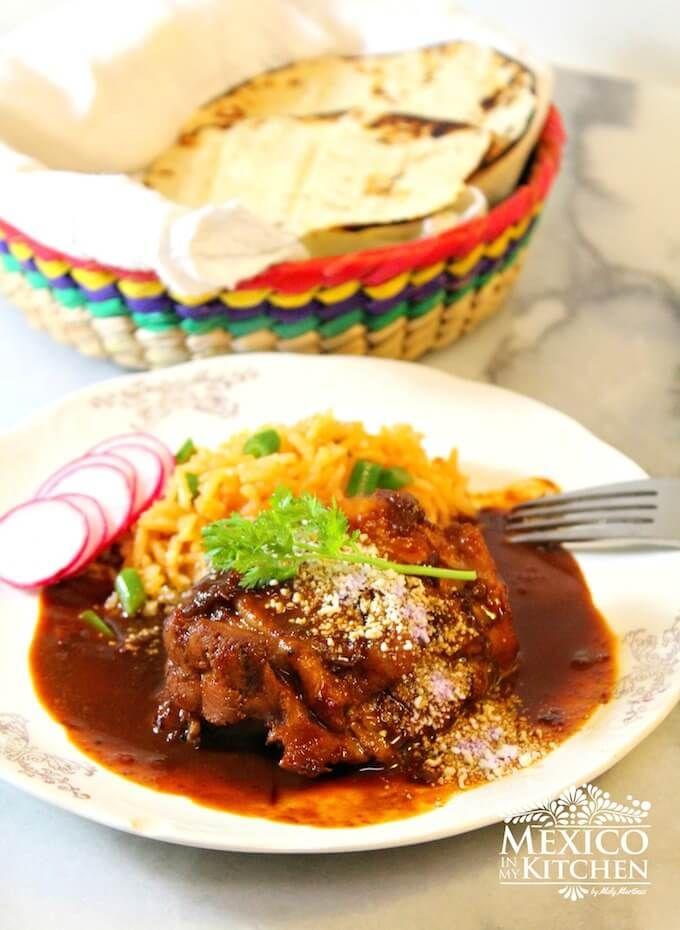 Cómo Hacer Mole Sencillo Tutorial Con Imágenes Realmente Delicioso Receta Recetas De Comida Mexicana Authentic Mexican Recipes Comida