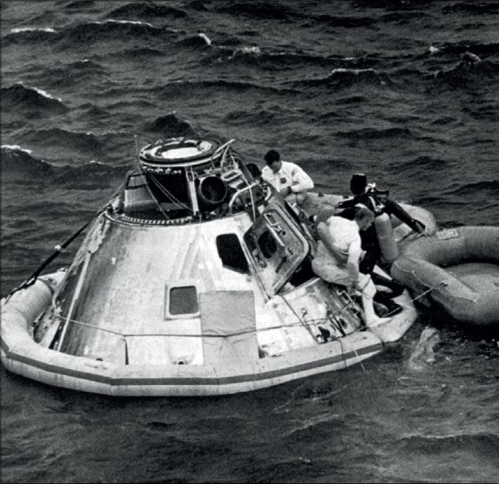 super apollo space capsule - photo #46