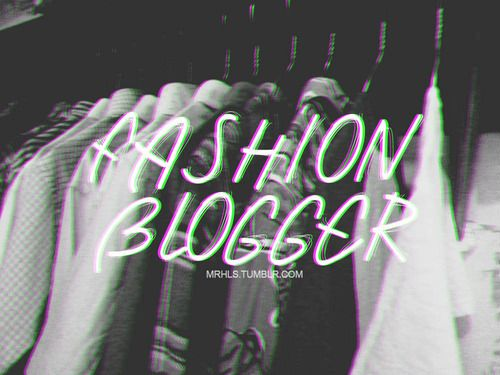Bukan buat narsis-narsisan dan juga bukan buat pamer-pamera. Ini hobi sekaligus pekerjaan. proud to be a fashion blogger -Rizky Hafizan