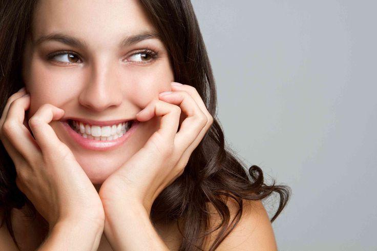 Uma equipe de pesquisadores da Faculdade do Rei em Londres (King's College), descobriu um novo método paraestimular a renovação das células tronco vivas no polpa do dente, usando ummedicamento para o mal de Alzheimer, Após trauma ou infecção, a polpa dentária de um dente pode ficar exposta e infeccionar. Para proteger o dente da infecção, um fina camada de dentina é naturalmente produzida e isto sela a polpa dentária, mas não é suficiente para efetivamente reparar o dano causado por…