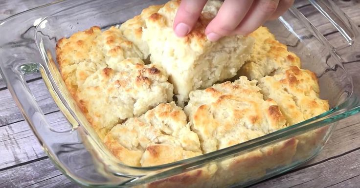 Lorsque j'ai appris à faire la galette blanche de Mamie, j'ai connu le bonheur de la cuisine d'antan!