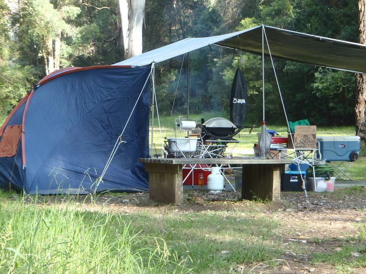 The #CampKingsCrew #CAMPAKIT #TarPOLEInRange #tarpaulin #shelter #camping set up at #WheenyCreek #campground on our #GTFO #GetTheFamilyOutdoors #adventure