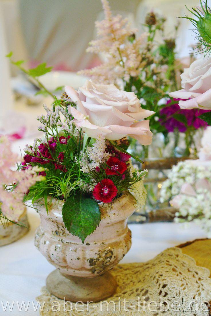 #Hochzeit; #Vintage, #Tischdeko; #Altrosa; #Bartnelken; #Rosa Rose