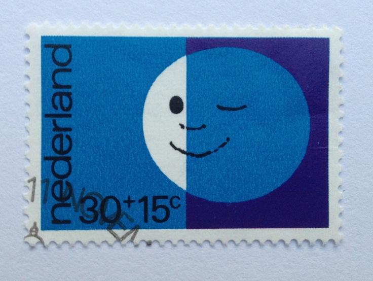1971 | Babs van Wely | blauw, paars | maan