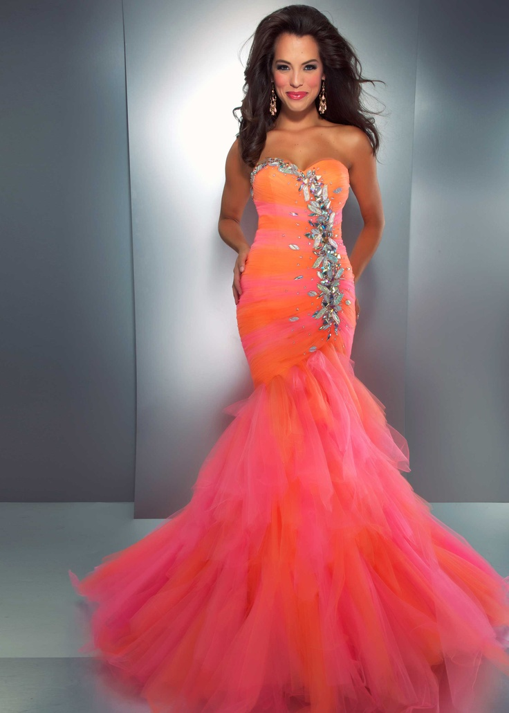 32 best images about PROM!!!! on Pinterest | Beautiful mermaid ...