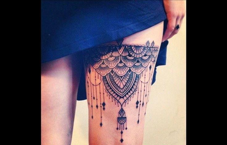 17 meilleures id es propos de jarretiere tatouage sur - Photos de femmes en porte jarretelles ...