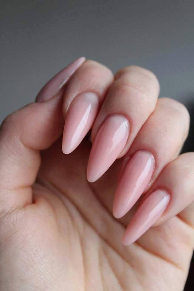 Długie paznokcie również mogą być delikatne i ultra kobiece... :)  SPN Cover Pink Powder & UV LaQ 505 Delicate french Nails by Klaudia Gozdek Beautica & SPN Nails Team