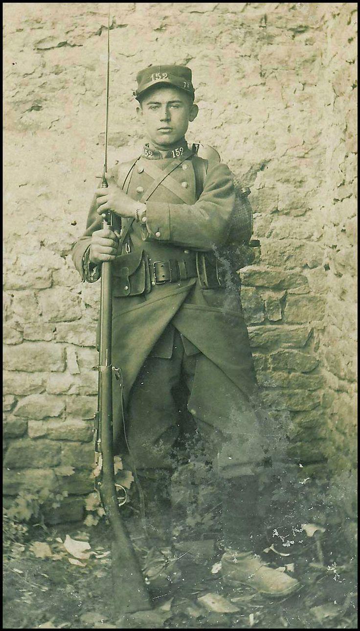 """Le terme """"poilu"""" désigne tous les soldats français qui ont combattu lors de la…"""
