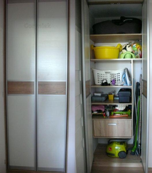 zabudowa drzwiami uchylnymi Bonari London 2 - http://goryniak.pl