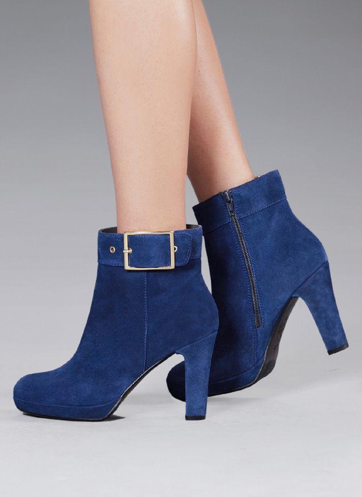 El azul es tendencia esta temporada, descubre más modelos en www.gadeawellness.com