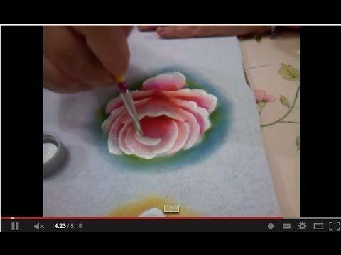 Pintando Rosa virada pintura em tecido - YouTube