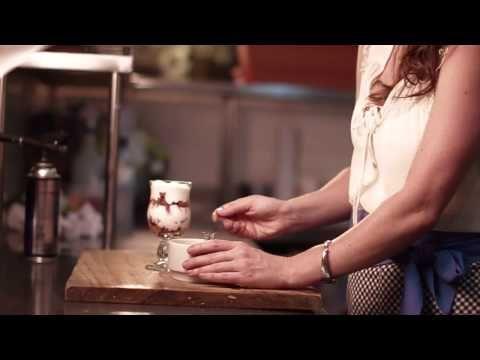 Yogurt, Fresas, Allbahaca | Mirciny Moliviatis