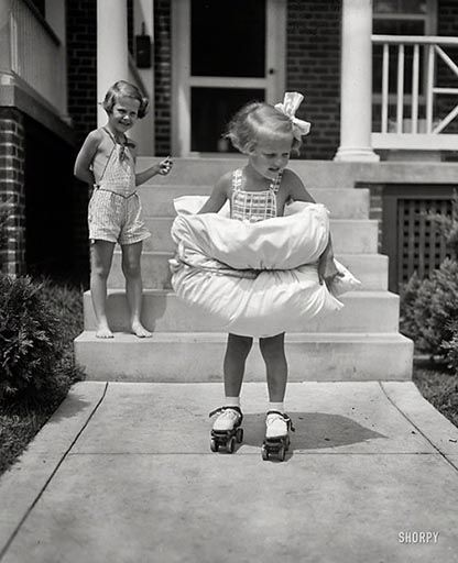 54 best Old School Roller Pics images on Pinterest | Roller skating Roller derby and Roller ...