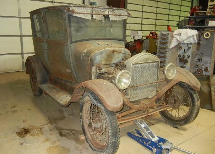 By Jesse MortensenThis 1927 Model T was found on a ranch in Wyoming where it had been stored in a sheep shed since The previous owner built a temporary wall ... & 73 best cars images on Pinterest | Ford models Antique cars and ... markmcfarlin.com