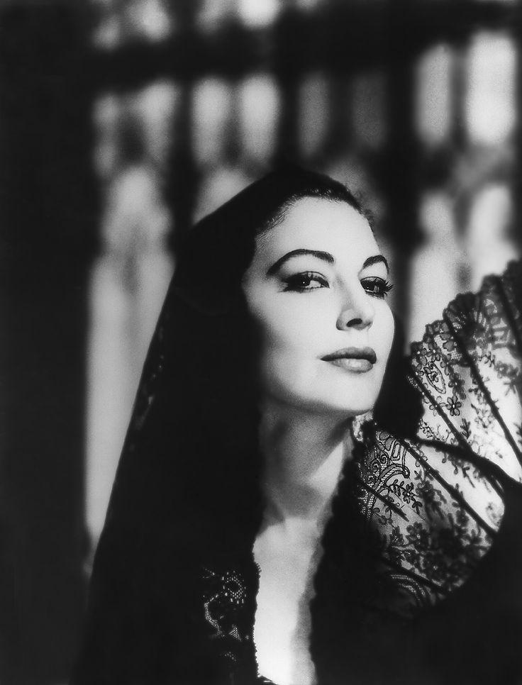 THE NAKED MAJA (1958).