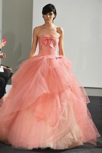 Свадебное платье коралловое