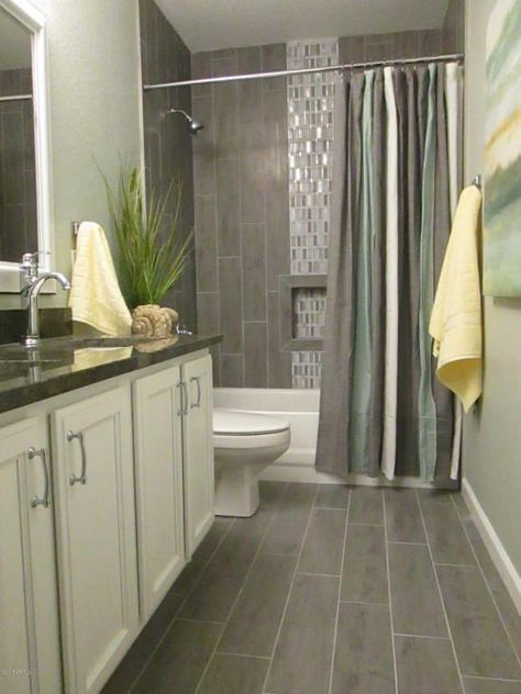 contemporary full bathroom with square raised panel solid kgm cabinet door by kraftmaid - Granit Ruckwand Dusche