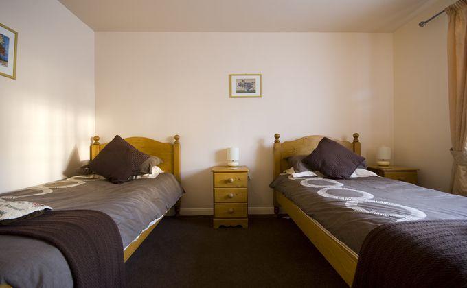 Peak District Holiday Cottages. Holiday Accomodation in the Peak District National Park | PaddockHouseFarm.co.uk