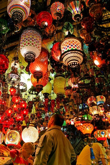 Istambul market... Love these lamps!!!