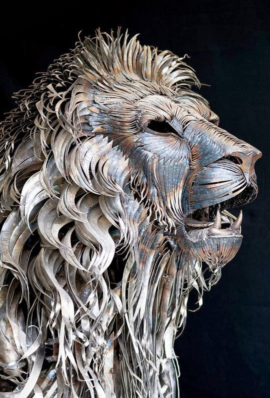 Metal Lion Sculpture By Selcukk
