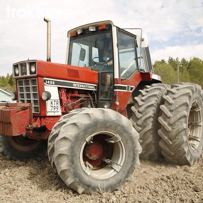 Vintage Front Wheel Drive Tractors : Ih related keywords long tail