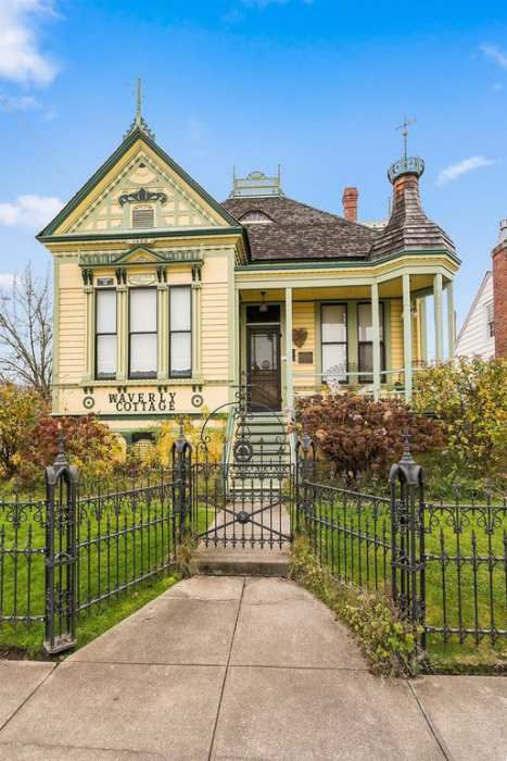 1895 Queen Anne Medford Or 315 000 Victorian Homes