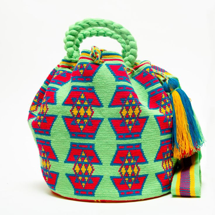 Limited Edition Wayuu Bag -With Braided Handles
