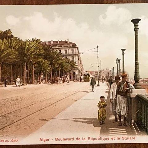 Alger, il y a bien longtemps - boulevard che guevara (ex. de la République) et le square port Said (ex. Bresson). _________________________________________________________________________________________________________________ #algérie#algerien#dz#alger #tunisia#lybia#mauritania#sudan#egypt#saudiarabia#ksa#uae#qatar#dubai#kuwait #jordan#palestine#iraq#turkey#istanbul#france#paris#usa #follow4follike4followlow#y#like4like#likeforlike#followers
