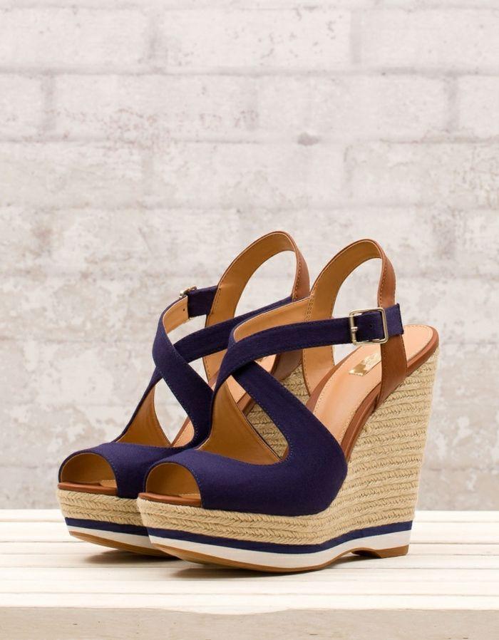 chaussures compensées, sandales plateforme massive