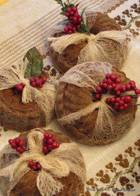 The Prim `n` Proper Shoppe: Pantry Cakes Smell SOOO Good!