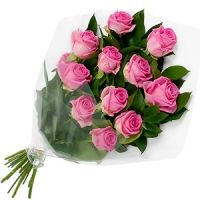 Beautiful bunch of 12 Baby pink roses.