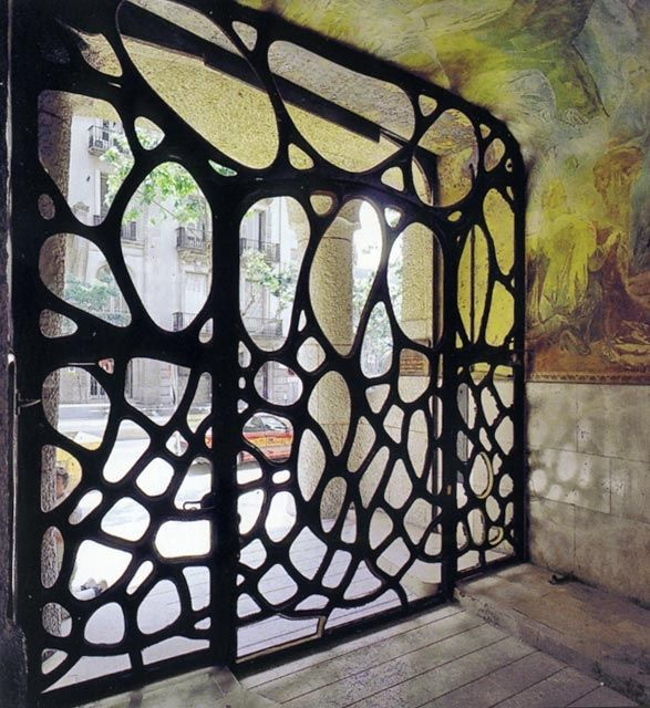 Wrought iron entrance door Casa Mila (Barcelona) by Antoni Gaudi