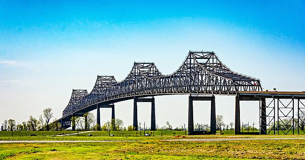 Sunshine Bridge.  The Sunshine Bridge is a cantilever bridge over the Mississippi River in St. James Parish, Louisiana.
