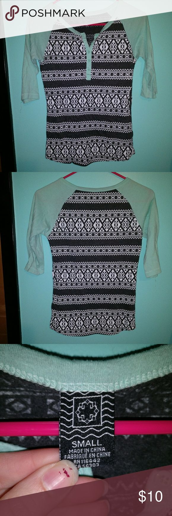 Gray aztec 1/2 sleeve top. Gray aztec top with teal/blue half sleeves. It has buttons halfway down. Tops Tees - Long Sleeve