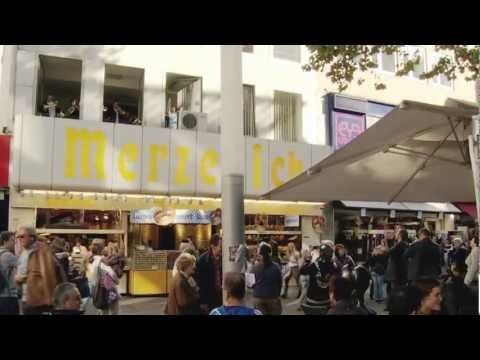 A fresh take on a flash mob action. Why are Europeans always better at these than we are?