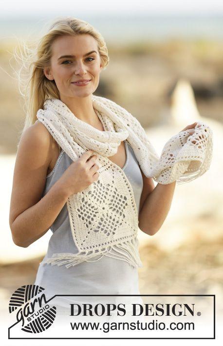 Virkad DROPS halsduk i Safran med hålmönster och fransar Gratis mönster från DROPS Design.